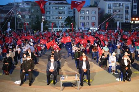 Arnavutköy'de 15 Temmuz Coşkusu
